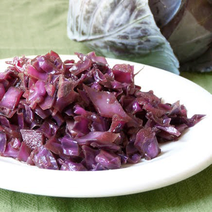 how to cook red cabbage in apple juice